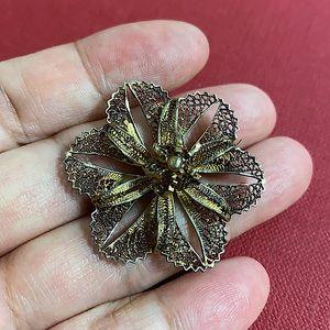 🖤Antique Filigree flower brooch